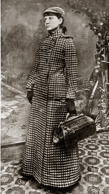 Nellie Bly and her carryon