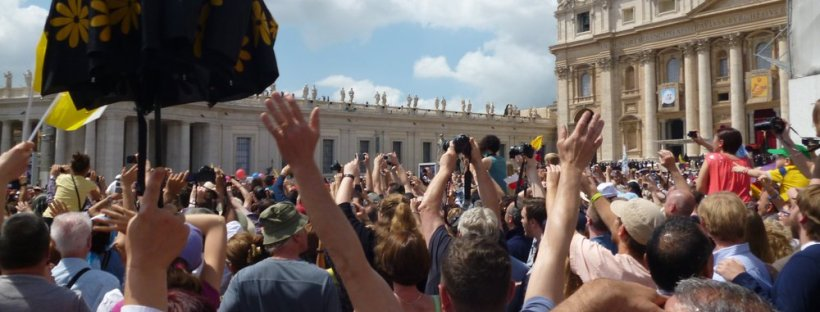 Waving for the pope