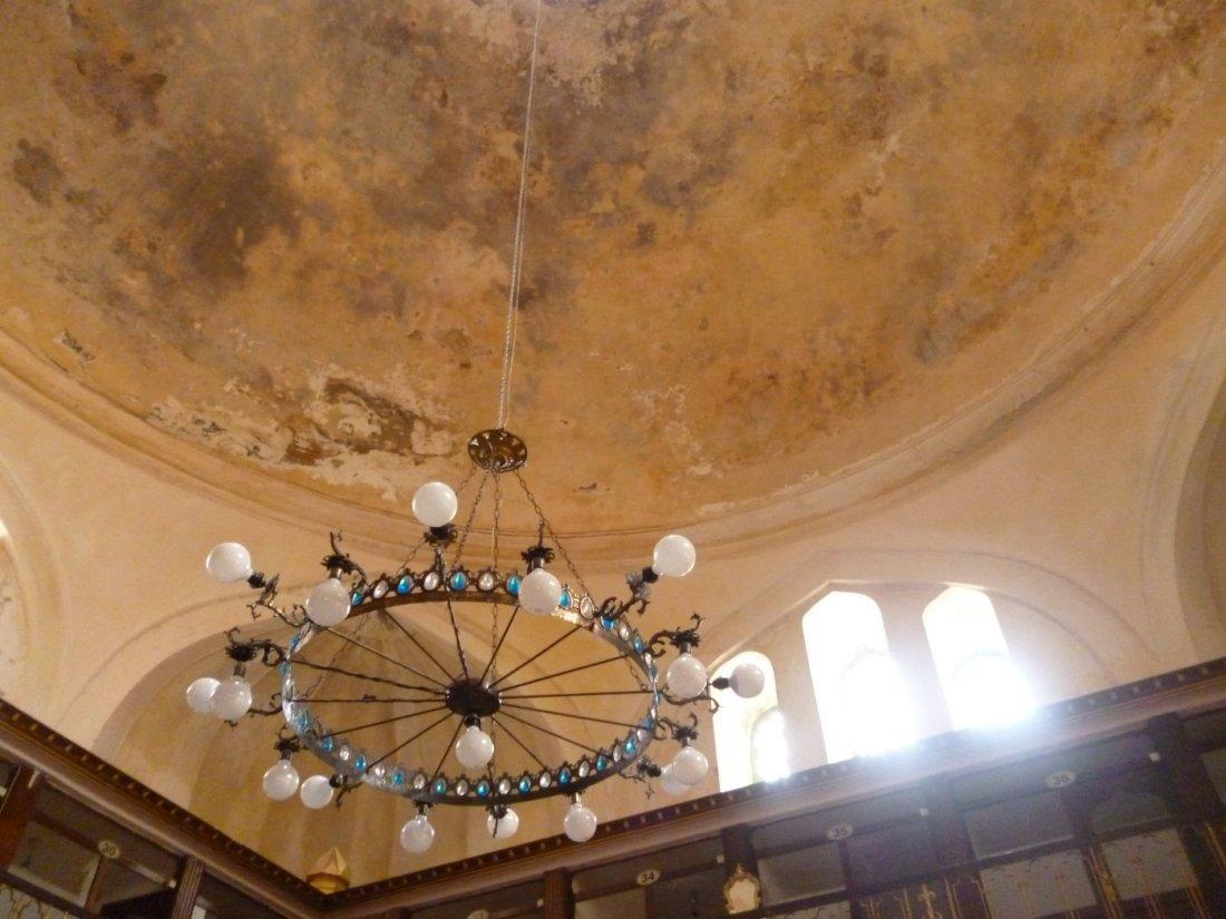 Cagaloglu Hamami ceiling