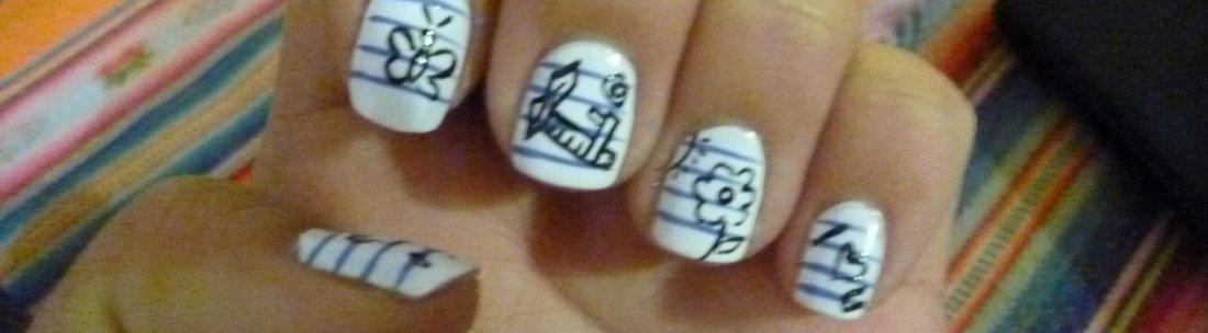 YQ does nail art