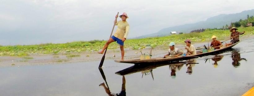 Stand up padding at Inle Lake